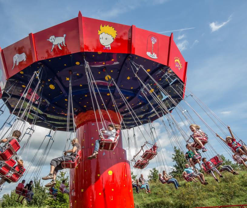 Chaises volantes - Parc du Petit Prince