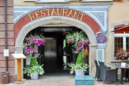 Spa Hôtel Au Lion d'Or, La Petite Pierre, Alsace / www.liondor.com/