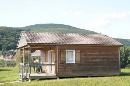 Camping-caravaning l'Oasis, Oberbronn, Alsace, hameau du Pré Vert