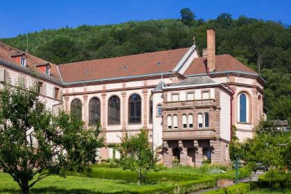 Maison d'accueil des Soeurs du Très Saint Sauveur, Oberbronn, Alsace