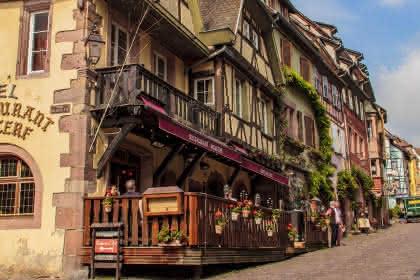 © Hôtel Au Cerf