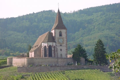 Église de Hunawihr Crédit photo : Office de Tourisme du Pays de Ribeauvillé et Riquewihr
