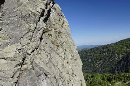 Site d'escalade la Martinswand - Vallée de Munster (Alsace). Photo Benoit Facchi.