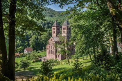 Abbaye de Murbach vue depuis la chapelle Notre Dame de Lorette Crédit : pays d'art et d'histoire
