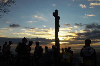 Croix de mission Crédit: Francis Kruch