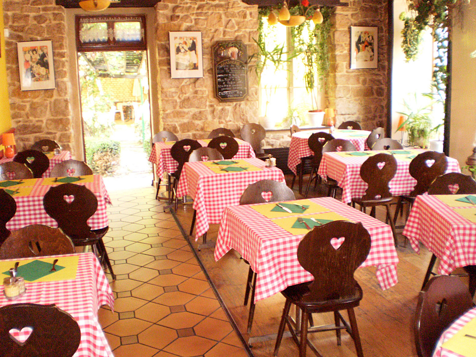Winstub Au Cygne Colmar, Alsace http://www.winstublecygne.fr/