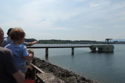 Vue depuis le barrage ©OTTC