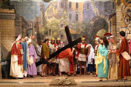 Scène de la croix © Les Masopolitains