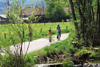 Fahrradweg im Illtal