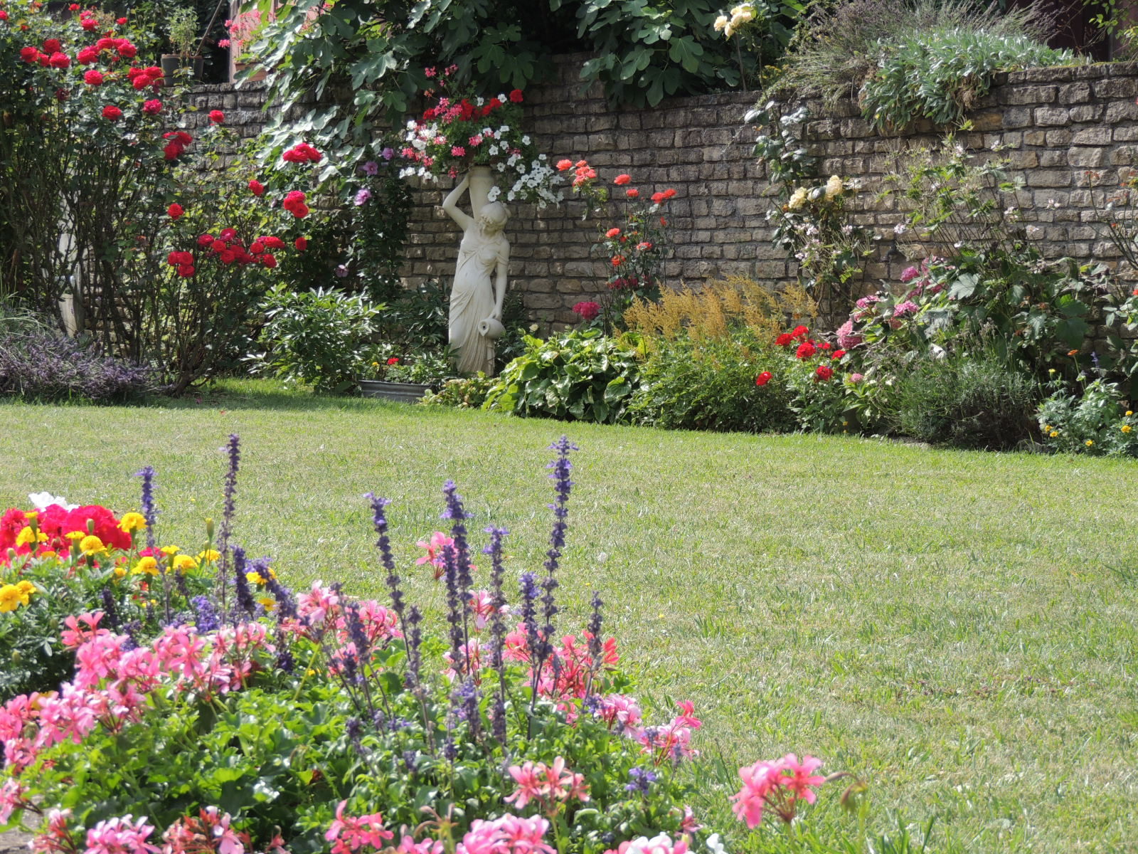 Meuble Au Jardin Fleuri Blotzheim Visit Alsace