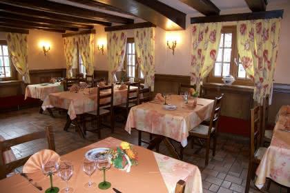 Salle de brasserie du restaurant