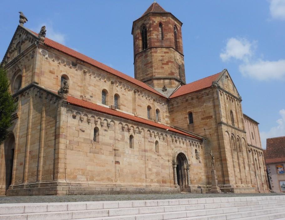 L'église romane Saints Pierre et Paul