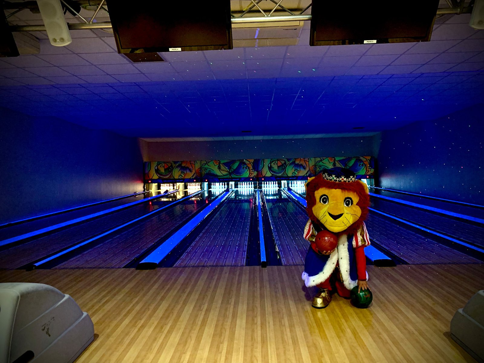 Bowling Palace