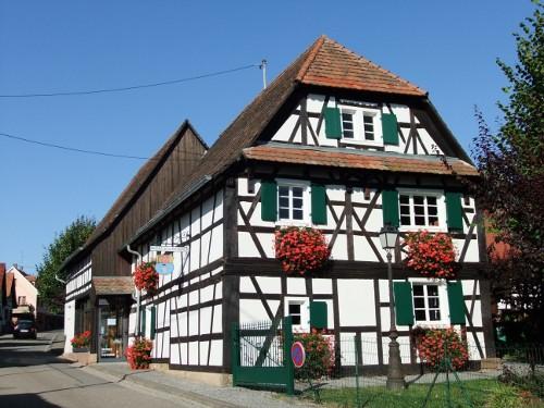 Musée de la poterie, Betschdorf, Alsace / www.betschdorf.com